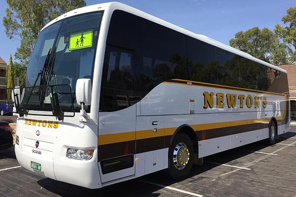 Newtons-Passenger-Bus-